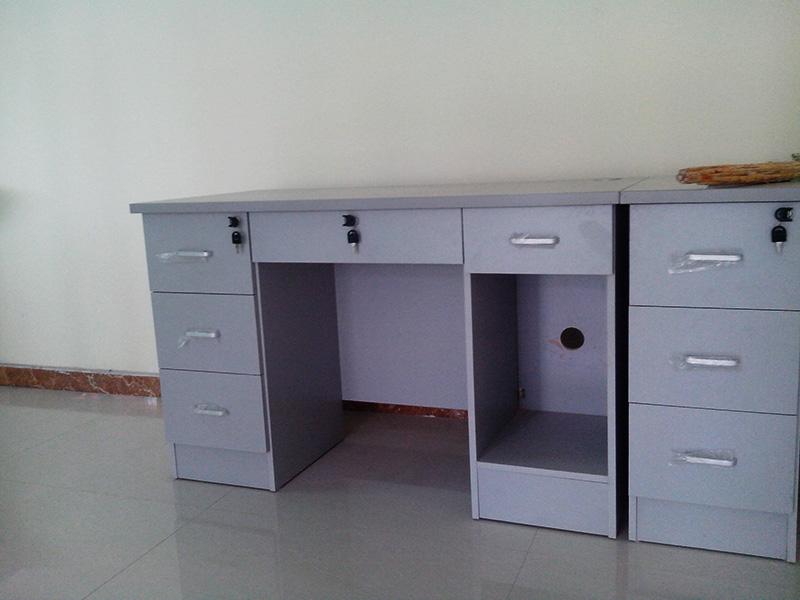 青岛简易办公桌