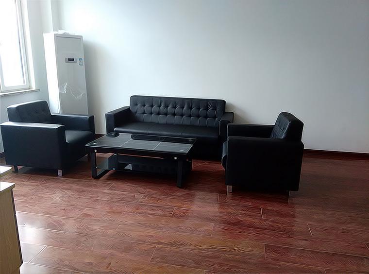 青岛现代沙发