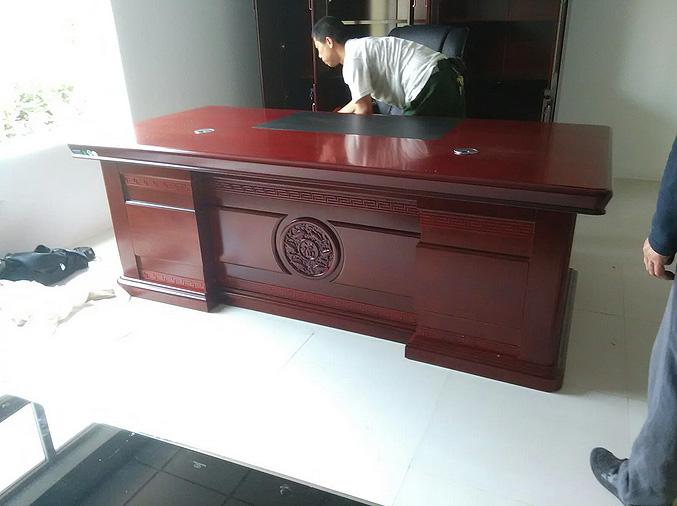 青岛实木老板桌